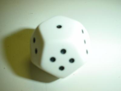 Koplow White with Black Numbers Pipped 12-sided Die (d4)
