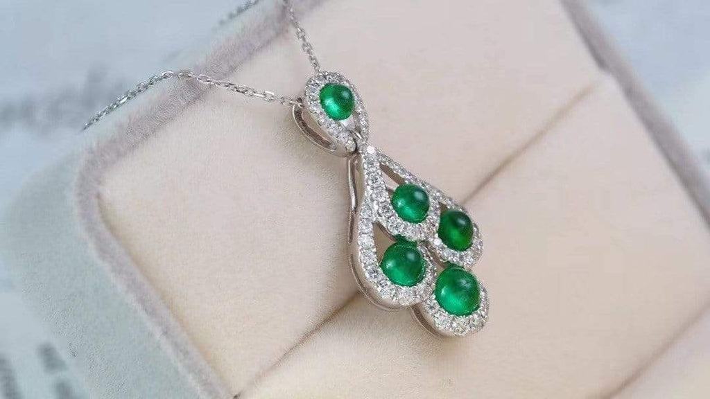 "Raneecoco Jewelry ""KARLOFEA"" Emerald Gold Necklace with Diamonds G2103290059"