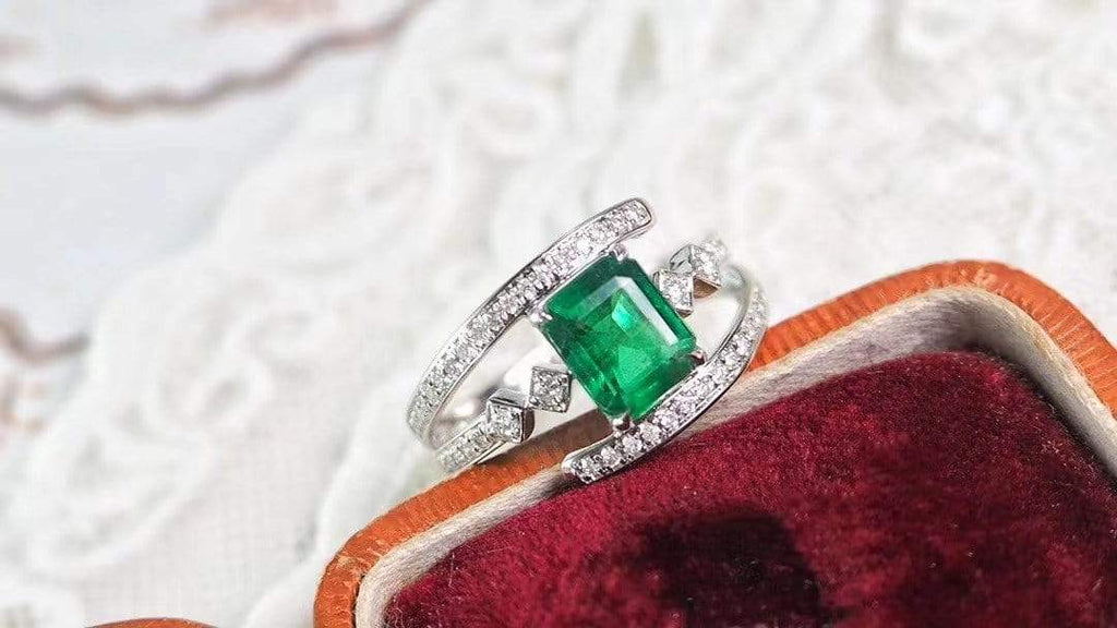 "Raneecoco Jewelry ""KARLOFEA"" Emerald Gold Ring with Diamonds G2011260014"