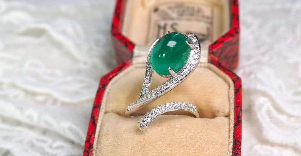 "Raneecoco Jewelry ""KARLOFEA"" Emerald Gold Ring with Diamonds G2012210104"