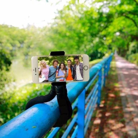 Load image into Gallery viewer, MINI OCTOPUS TRIPOD - planetadeals.com
