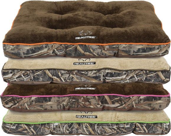 Dallas Mfg Company - Realtree Max5 Tufted Gusset Dog Bed