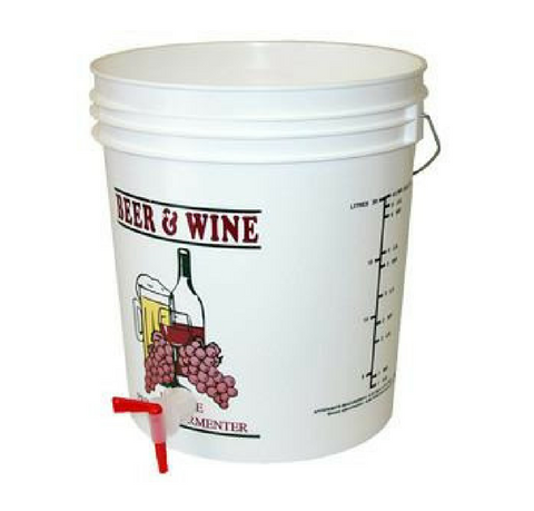 7.9 gallon fermenter with spigot and lid