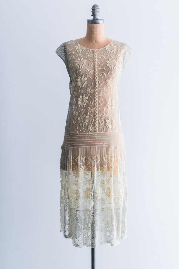 1920s Yellow French Knot Embroidered Lace Flapper Dress - S