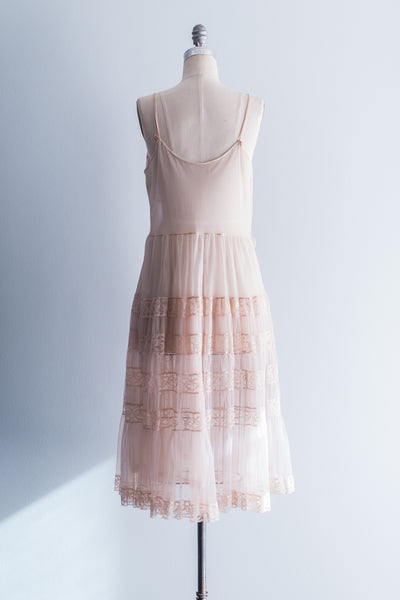 [SOLD] 1940's Nude Nylon Slip and Peignoir