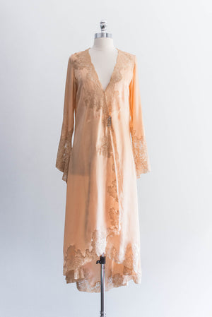 [SOLD] 1920s Silk Lace Peignoir Robe