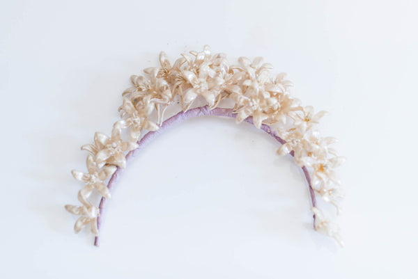 [SOLD] 1950's Pearlized Flower Crown