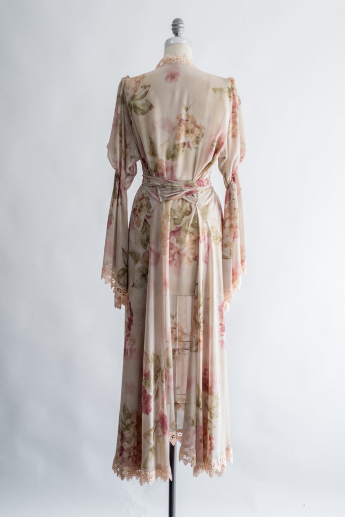 Columns For Sale >> Vintage Floral Chiffon Dressing Gown - One Size | G O S S A M E R
