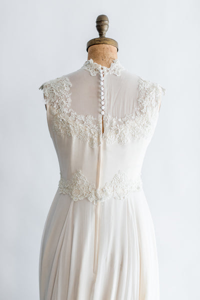 1960s Cream Lace and Chiffon Wedding Gown - S