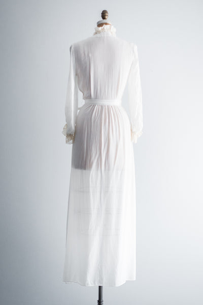 1940s Rayon and Lace Dressing Gown - S