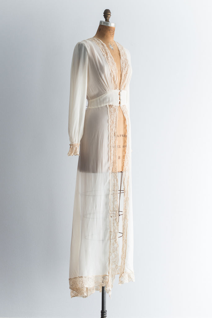 1930s Silk Chiffon and Lace Dressing Gown - S/M ...