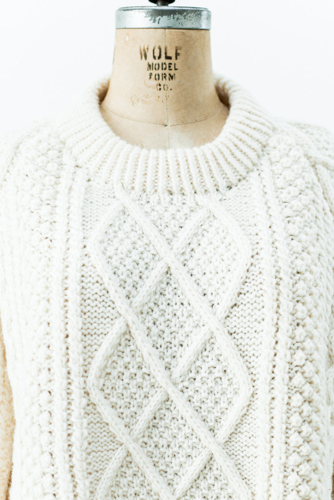 e60c7866f9be1a ... Vintage Wool Cable Knit Sweater with Raised Diamond Pattern - L ...