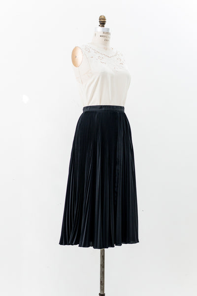 Vintage Black Pleated Skirt - S