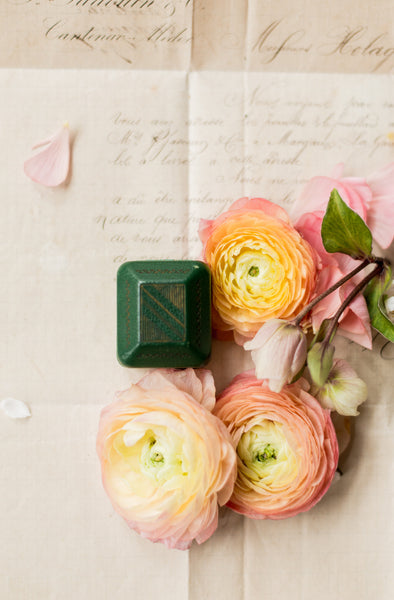 Antique Green Leather Ringbox