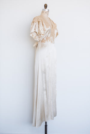 1930s Silk and Lace Dressing Gown - S/M