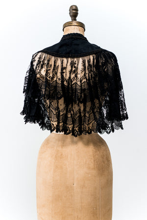 Antique Lace Capelet/Collar - One Size