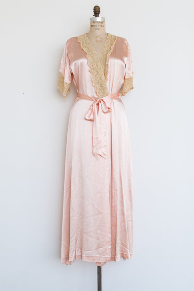 1940s Peach Satin and Lace Dressing Gown - S/M