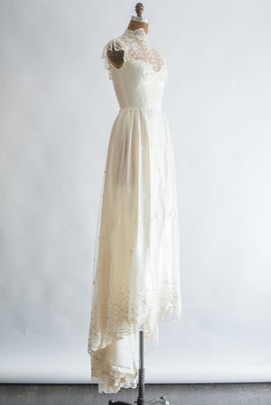 RESERVED 1970s Needle Lace Cap Sleeves Gown - S