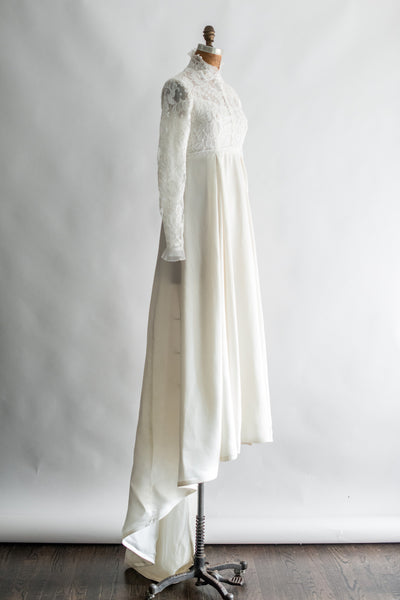 1960s Long Sleeves Lace Beaded Dress - S