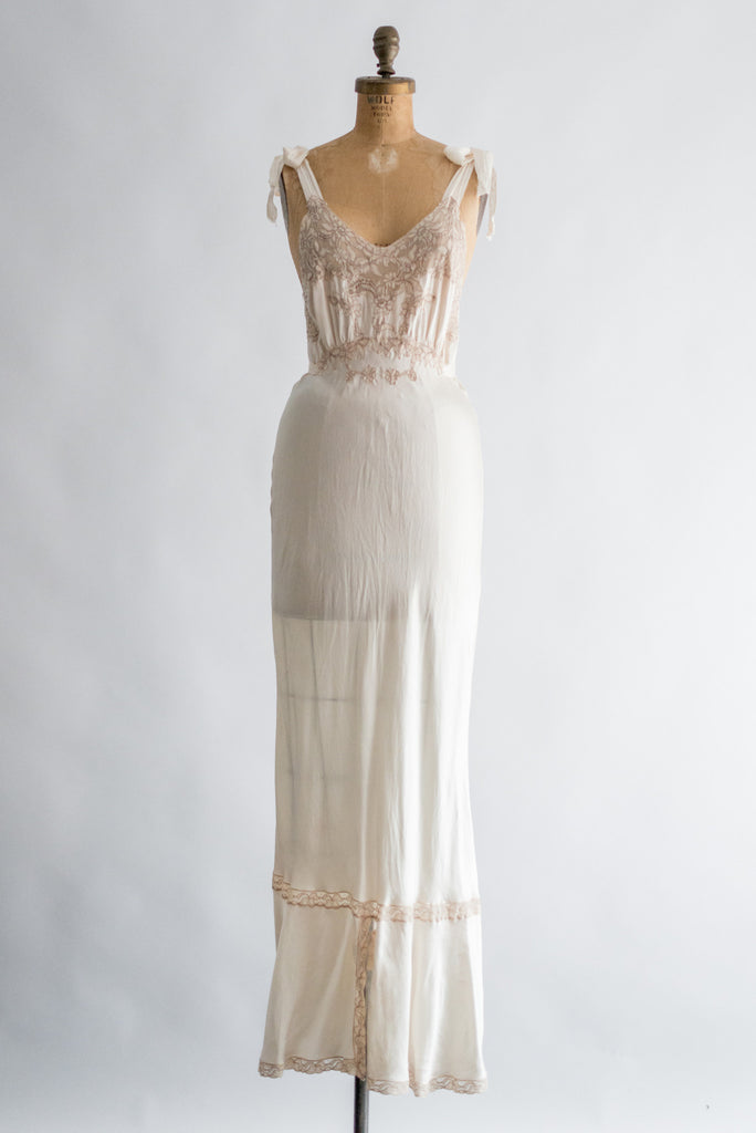 1930s Ivory Silk with Ecru Lace Slip Gown - S ...