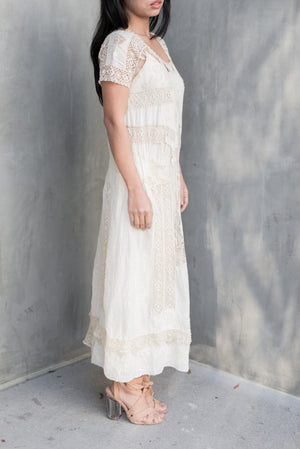 1920s Embroidered Cotton and Eyelet Lace Flapper Dress - M