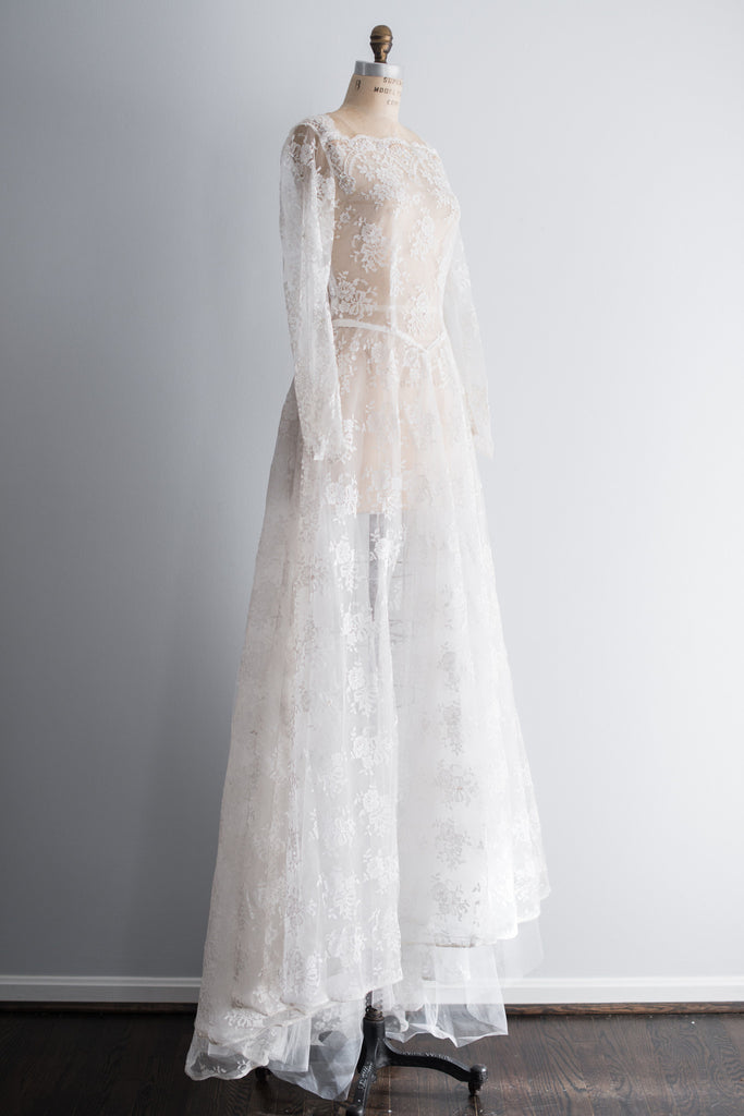 1950s Sheer Chantilly Lace Wedding Gown - S ...
