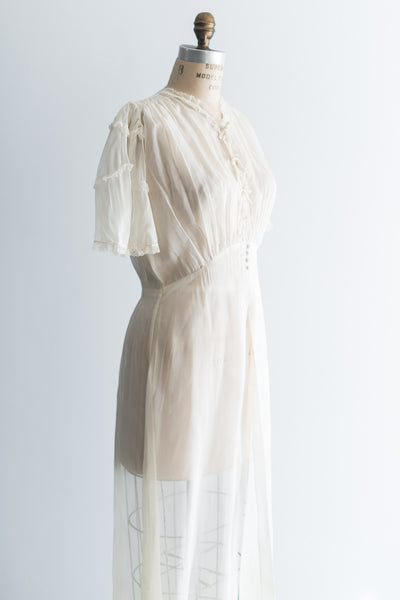 1940s Cream Muslin Dressing Gown - S/M