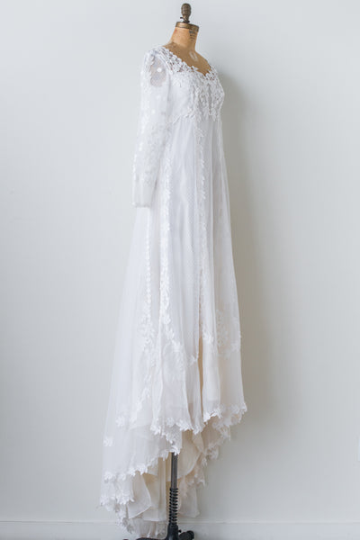 1970s Applique Lace and Tulle Gown - M