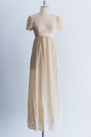 [SOLD] 1970's Emma Domb Lace Crochet Dress - S