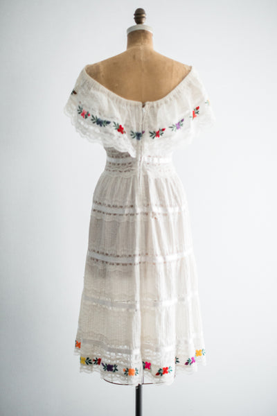 1970s Ivory Off the Cotton Floral Dress - S/M