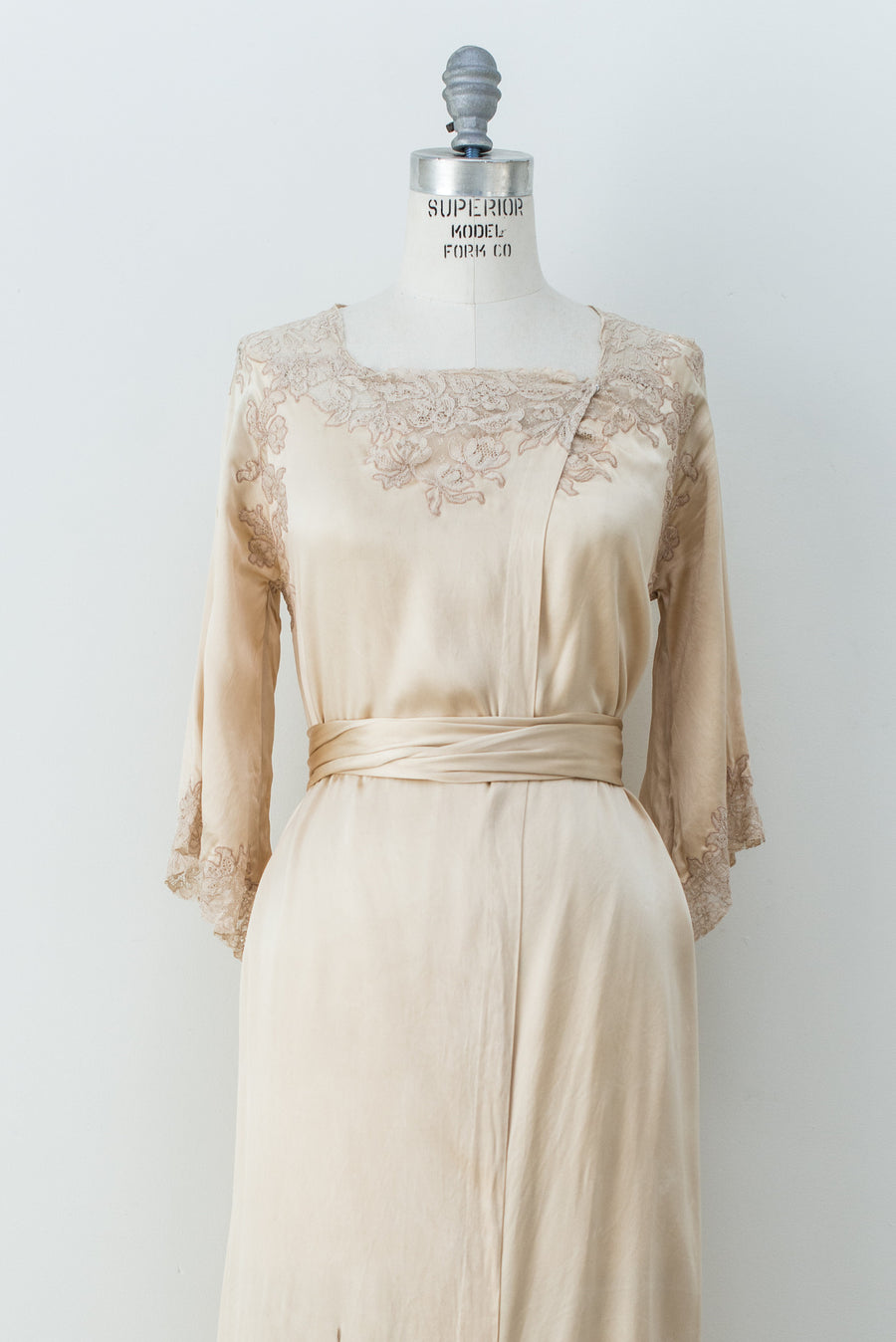 1930s Ivory Silk Wrap Dress/Robe - S/M