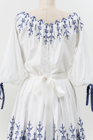 1970s Embroidered Off the Shoulder Dress - S/M