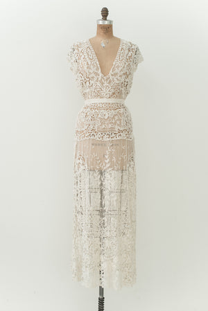 Edwardian Detailed French Knot Gown - S/M