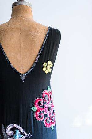 Flapper-Inspired Beaded Dress - L