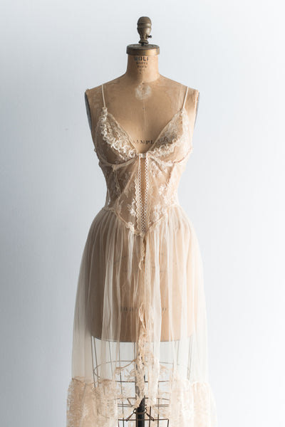 Vintage Ecru Tulle and Lace Negligee - S