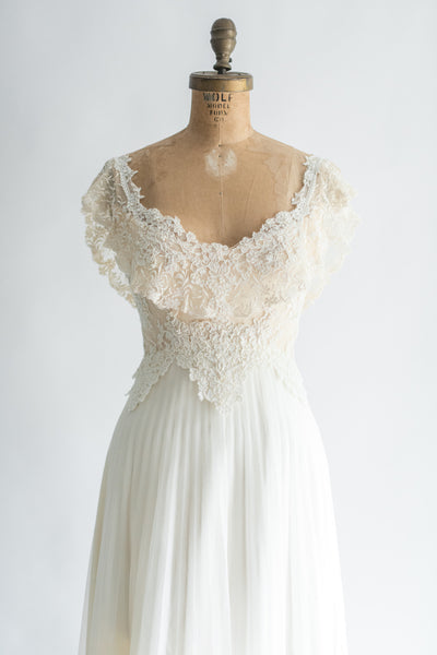 1970s Lace and Chiffon Pleated Gown - S