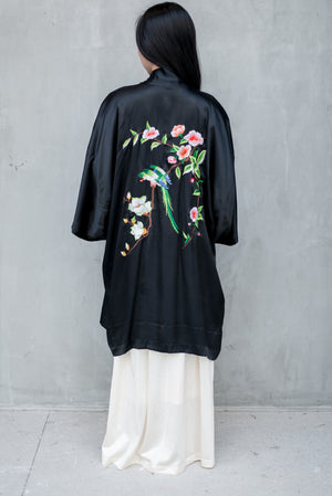 Vintage Silk Embroidered Robe - M
