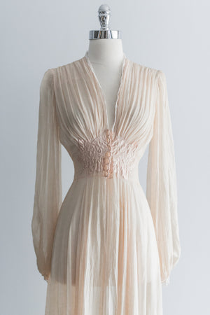 1930s Light Pink Silk Chiffon Peignoir Robe - XS
