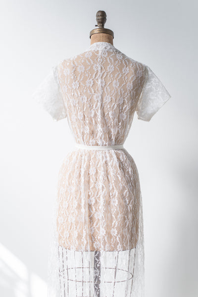 Vintage Short Lace Robe - M