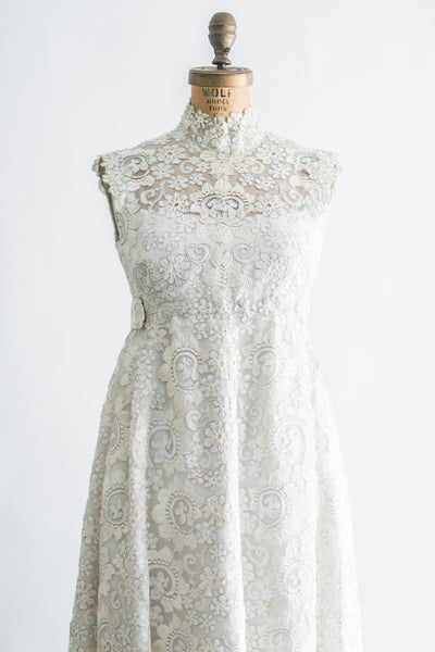 1960s Saks 5th Ave Corded Lace Dress - S