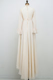 1970s Ivory Lace and Chiffon Long Sleeves Gown - S