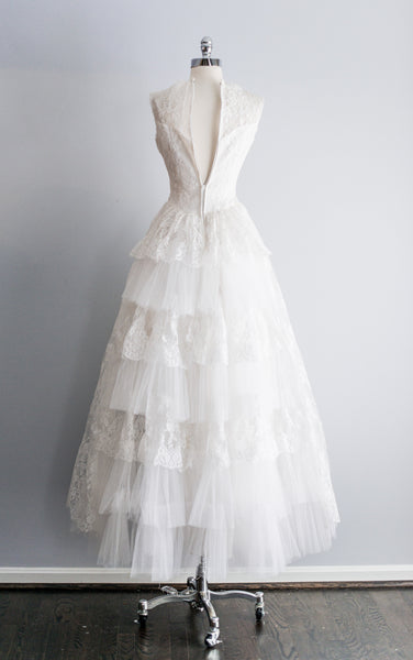 1950s Chantilly Lace and Tulle Gown - XS