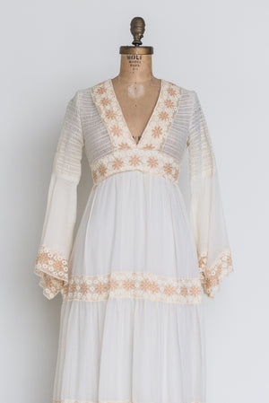 1970s Ivory Cotton Angel Sleeves Dress - XS/S