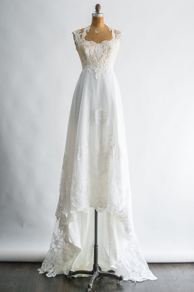 1970s Chiffon and Lace Embroidered Gown - S/M