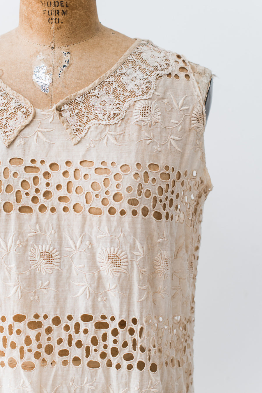 1920s Embroidered Muslin Flapper Dress - S