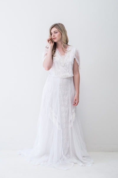 1980s V-Neck Lace Gown - S/M