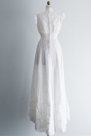 1970s White Crochet and Lace Gown - S/M