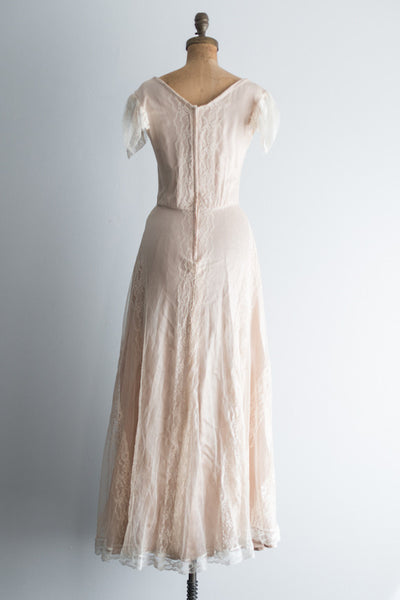 1970s Ivory and Nude Lace Flutter Sleeves Gown - S