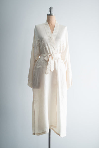 Vintage Ivory Silk Embroidered Kimono Robe - One Size