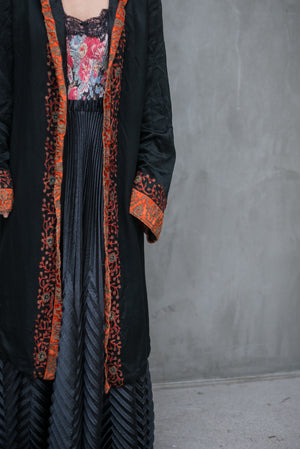 1920s Silk Charmeuse and Lame' Embroidered Silk Coat - S/M